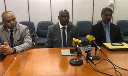 Joe Lesjongard qualifie d'inacceptable comportement du leader de l'opposition à l'Assemblée nationale