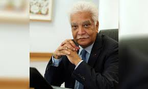 Jean Claude de L'Estrac, observateur politique…