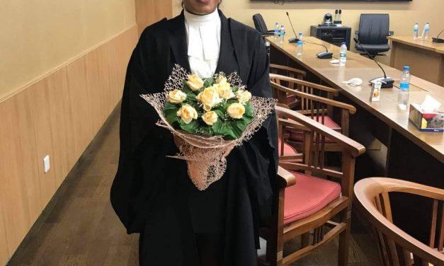 Nouvelle admise au barreau: Ashna Ramdin brille de mille feux et exercera dans le judiciaire…