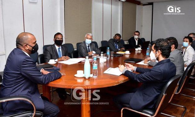 Consultations pré-budgétaires : Le ministre des Finances discute avec les intervenants du secteur des TICs…